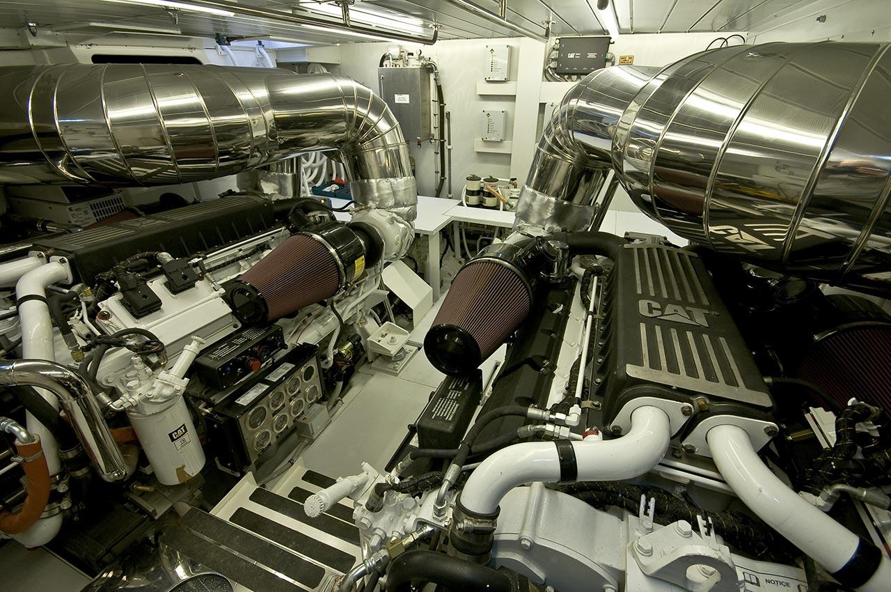 Amer 92 – Alda 2 SALA-MOTORI-ENGINE-ROOM2