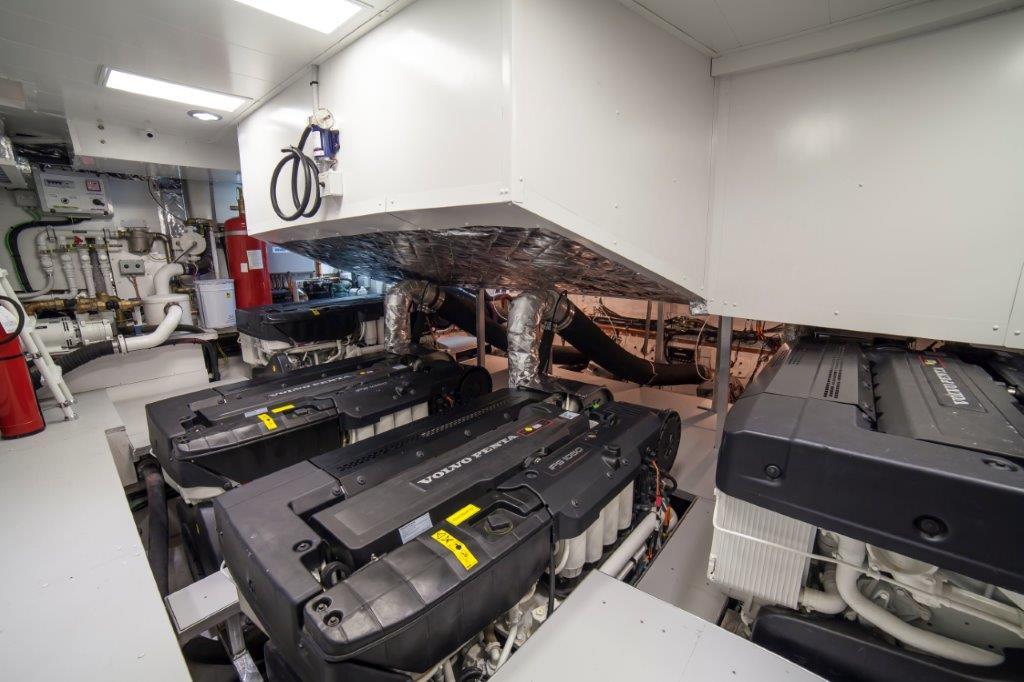 Amer Cento Quad Engine-Room-1