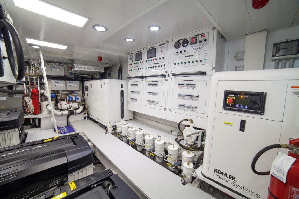 Amer Cento Quad Engine-Room-5