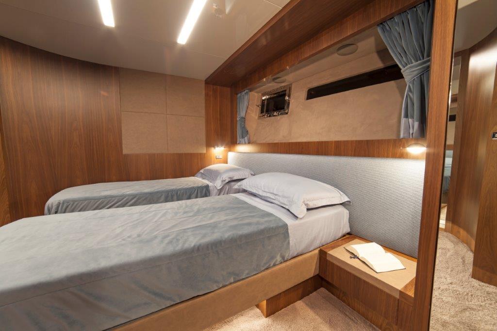 Amer Cento Quad Guest-cabin-1