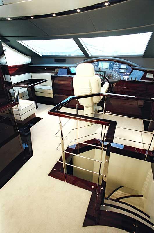 Amer Yacht Amer 86 Lady Federica SCALA-PRUA-BOW-STAIRS