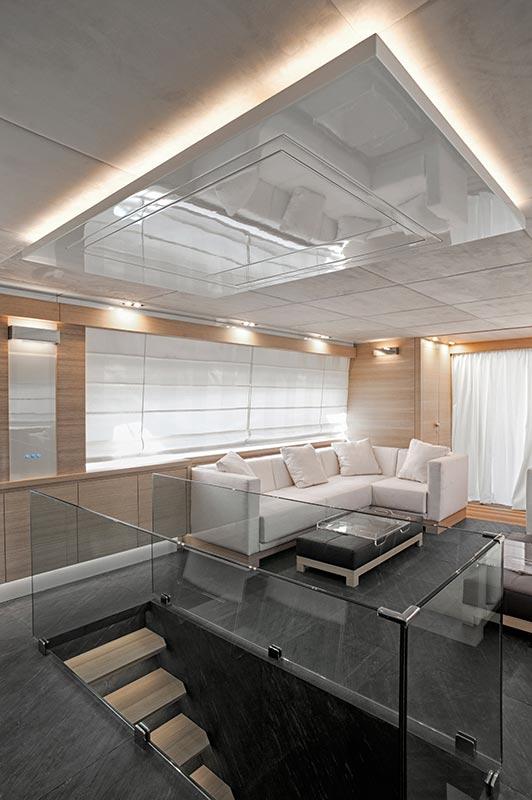 Amer Yacht, Amer 92, Amer-ica SALONE-4-SITTING-ROOM-4
