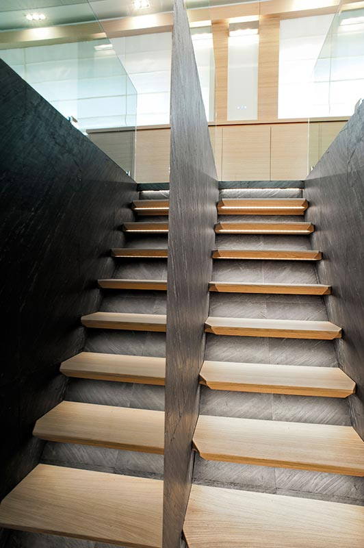 Amer Yacht, Amer 92, Amer-ica SCALE-2-STAIRS-2