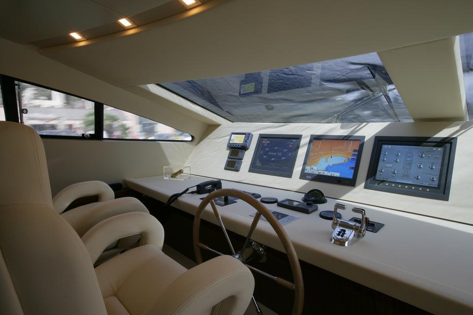 Amer Yacht, Amer 92, Vizantia TIMONERIA-WHEELEHOUSE