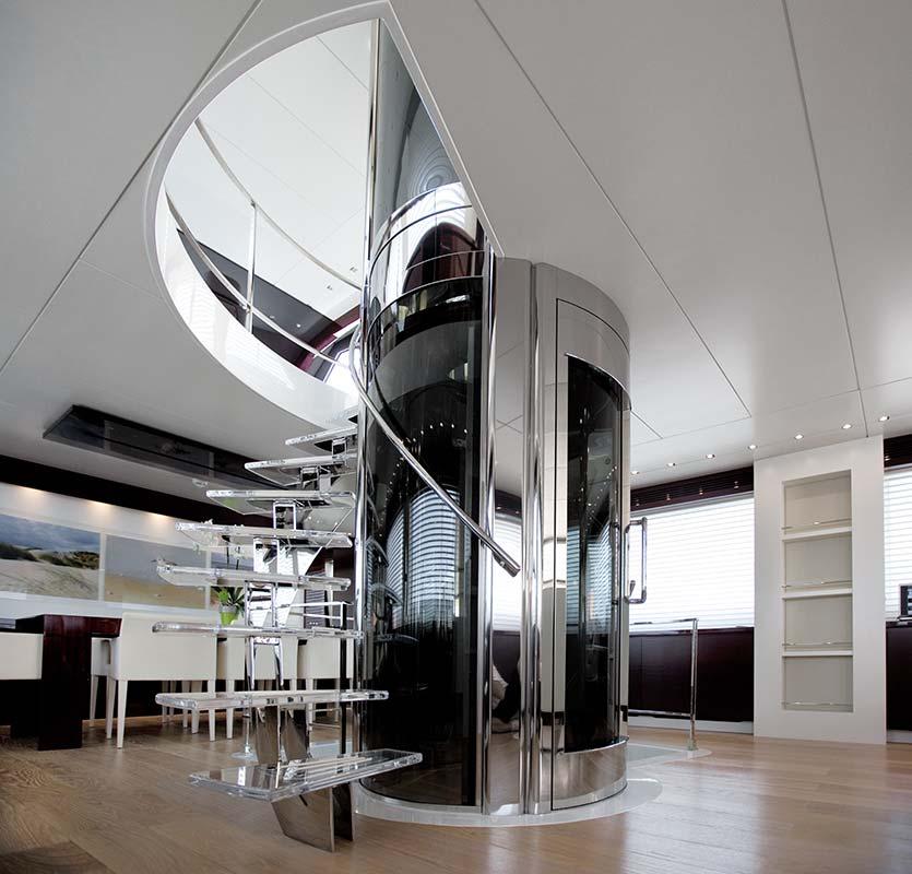Amer Yachts - Amer 116 ASCENSORE-ELEVATOR