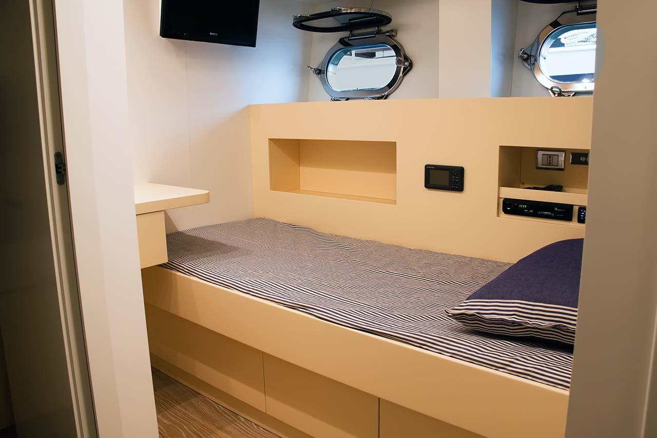Amer Yachts - Amer 116 EQUIPAGGIO-CABINA-CREW-CABIN