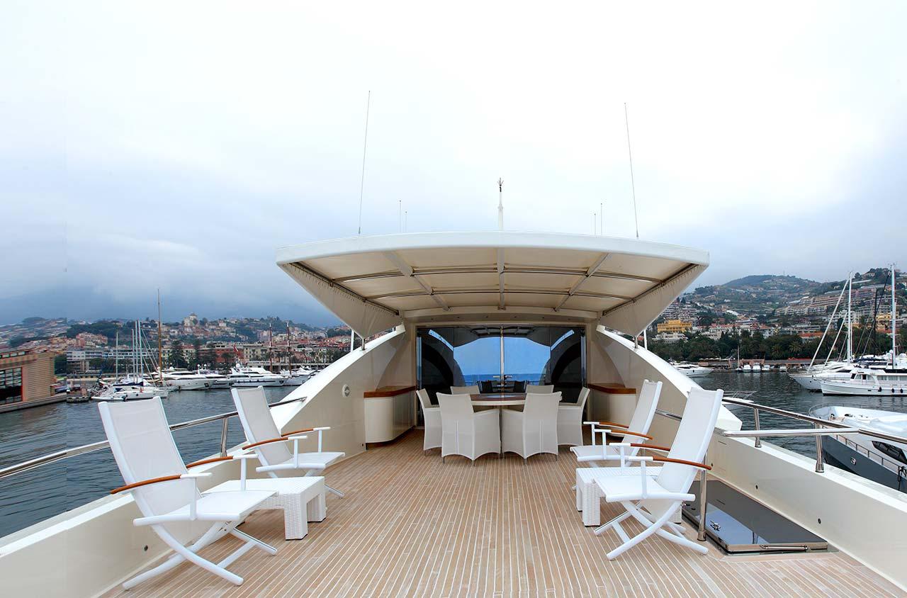 Amer Yachts - Amer 116 FLYDECK